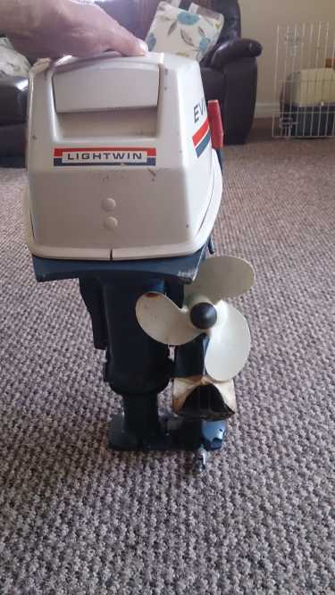 Click image for larger version  Name:evinrude new 3a.JPG Views:105 Size:41.4 KB ID:101611