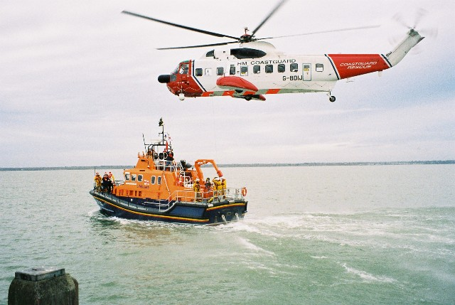 Click image for larger version  Name:RNLI01.JPG Views:202 Size:75.9 KB ID:10242