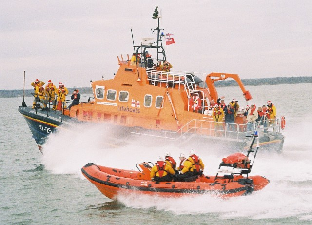 Click image for larger version  Name:rnli04.JPG Views:292 Size:87.8 KB ID:10245
