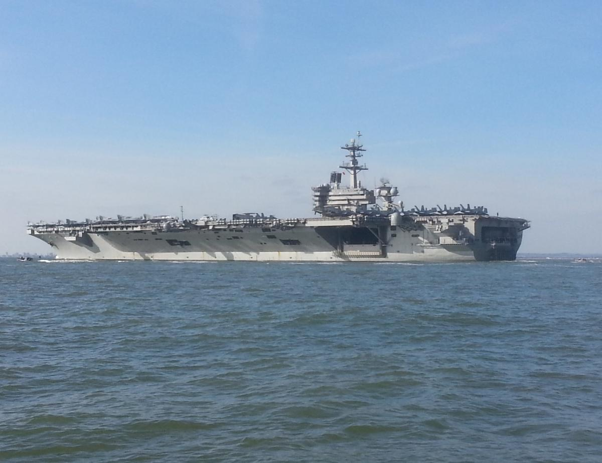 Click image for larger version  Name:US1 Aircraft carrier.jpg Views:176 Size:98.3 KB ID:103741
