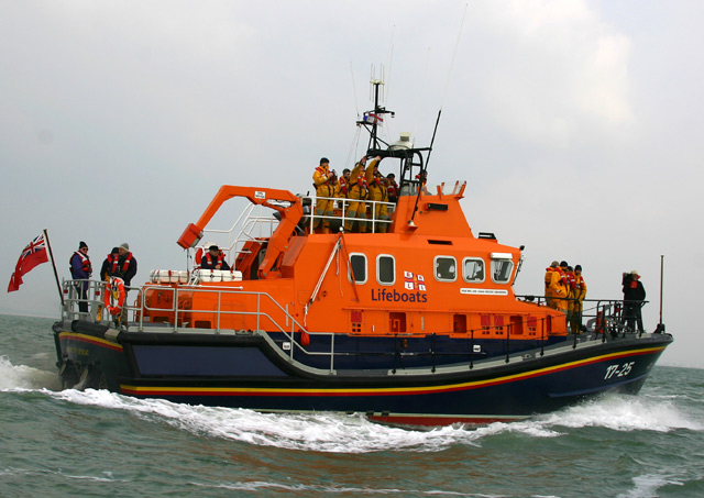 Click image for larger version  Name:lifeboat-web.jpg Views:88 Size:99.7 KB ID:10505