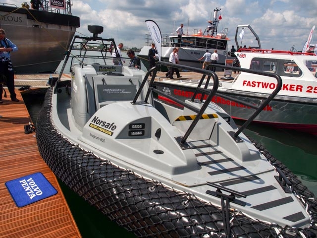 Click image for larger version  Name:seaworks (2 of 10).jpg Views:95 Size:126.4 KB ID:106151