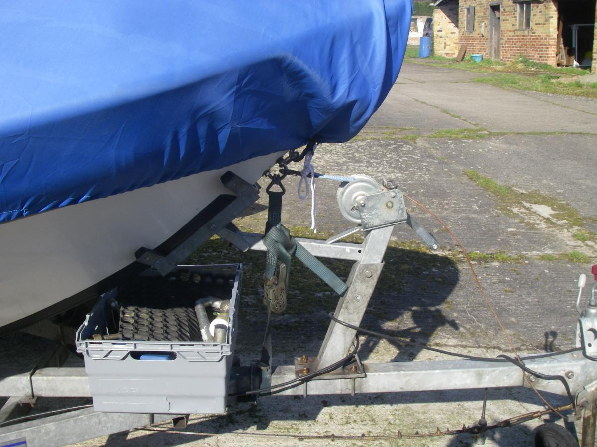 Click image for larger version  Name:pics of all aspects of the boat 004.jpg Views:119 Size:142.7 KB ID:106499