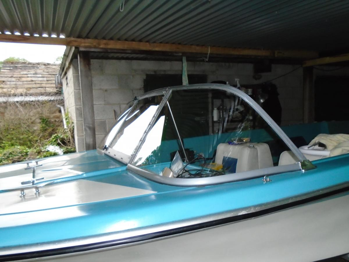 Click image for larger version  Name:Boat Screen 2015 003.jpg Views:252 Size:105.6 KB ID:108389