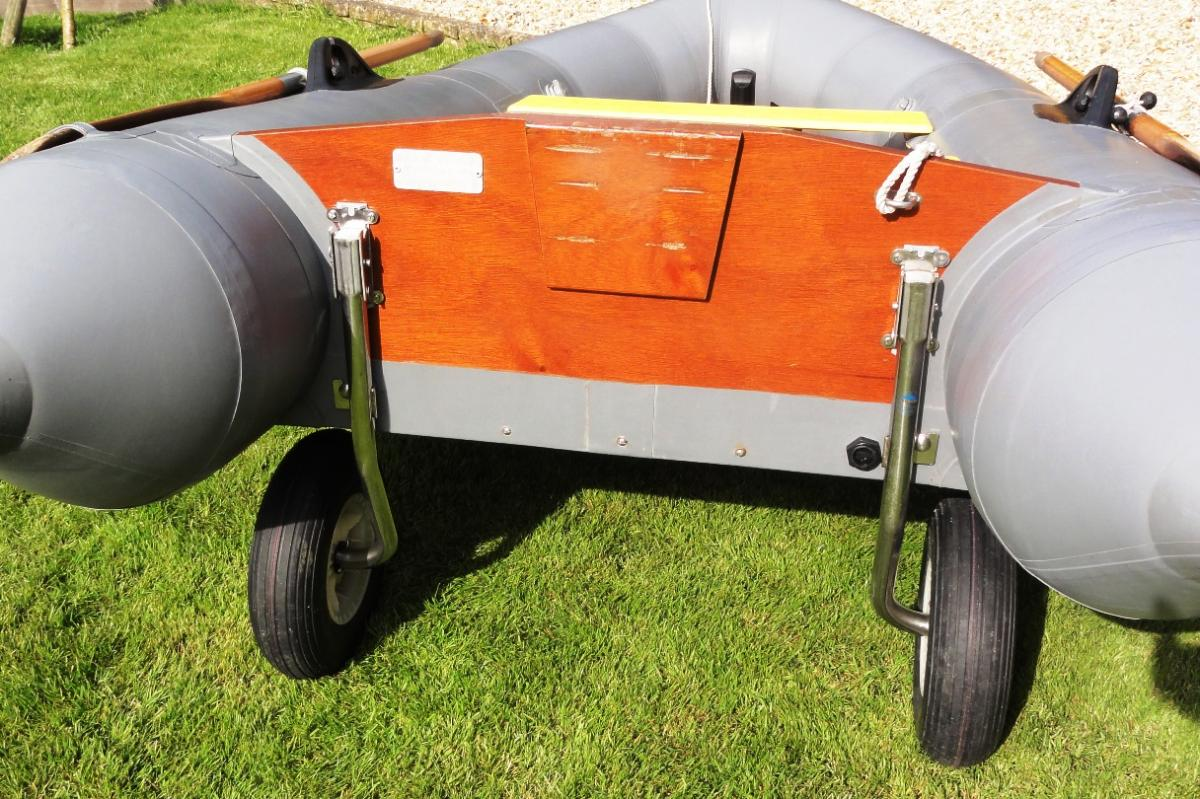Click image for larger version  Name:Avon Trem wheels.jpg Views:300 Size:179.6 KB ID:110247