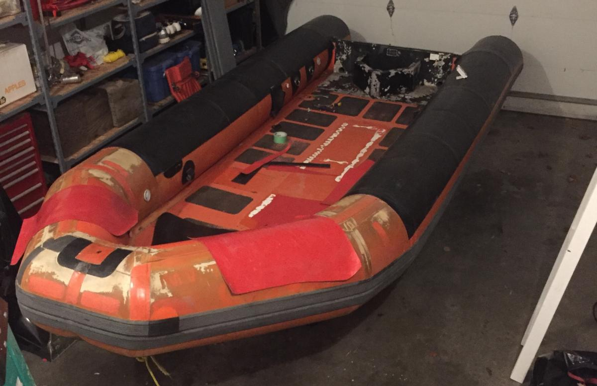 Anyone reskin top of the tubes? - RIBnet Forums