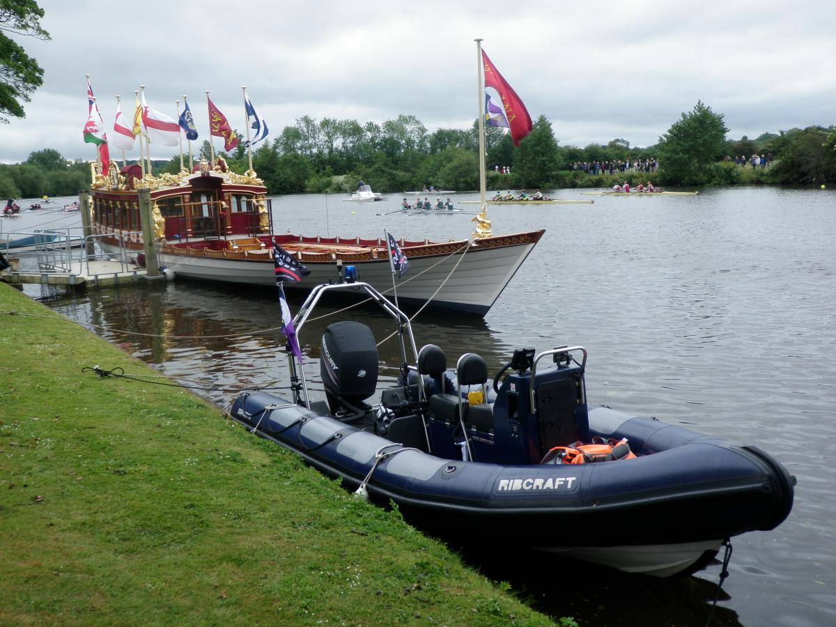 Click image for larger version  Name:Magna Carta 800th Boating Parade Gloriana 13-14 June 15 Photo 3.jpg Views:102 Size:160.9 KB ID:112623
