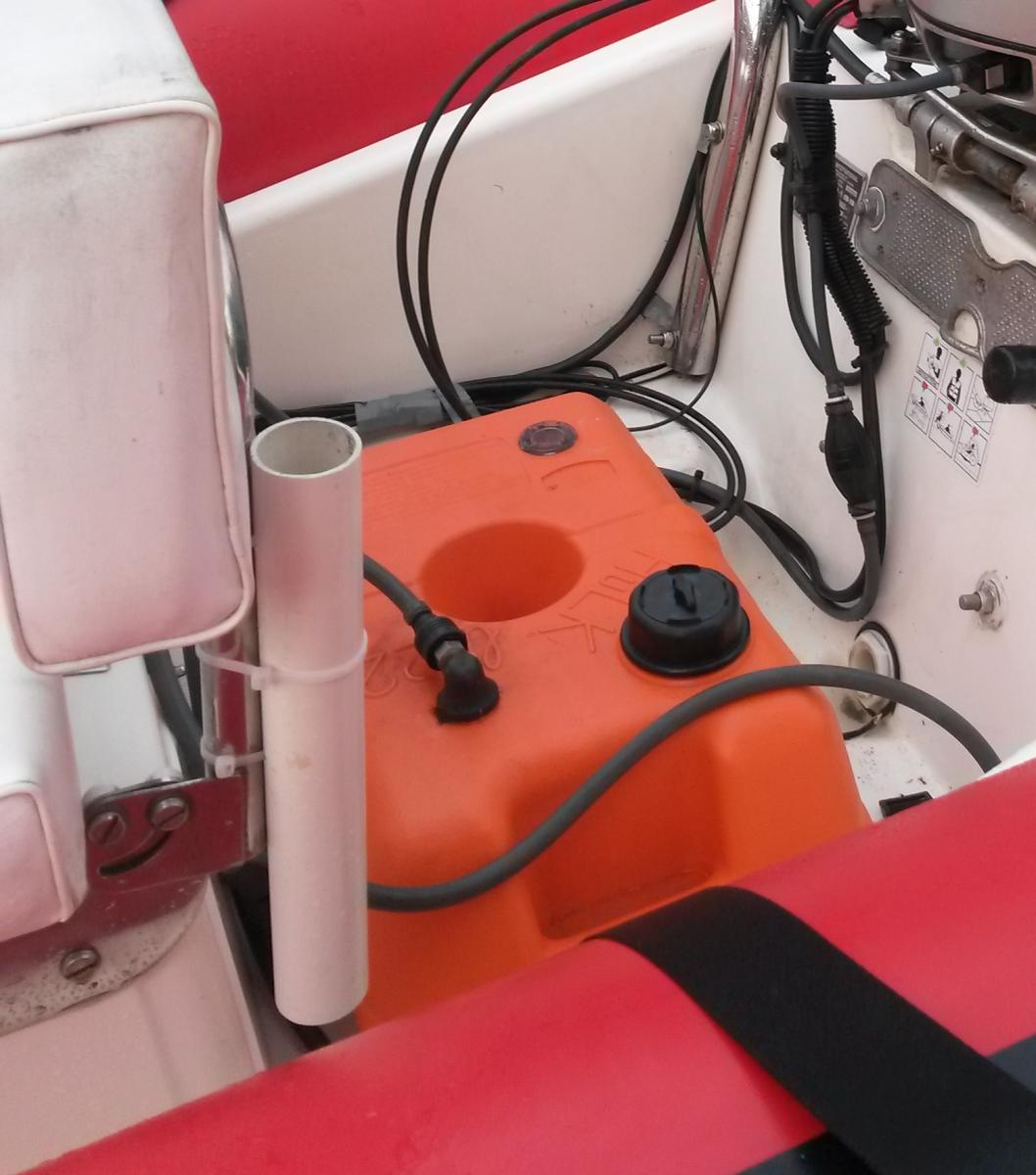 Click image for larger version  Name:rod holders 2.jpg Views:57 Size:104.8 KB ID:114048