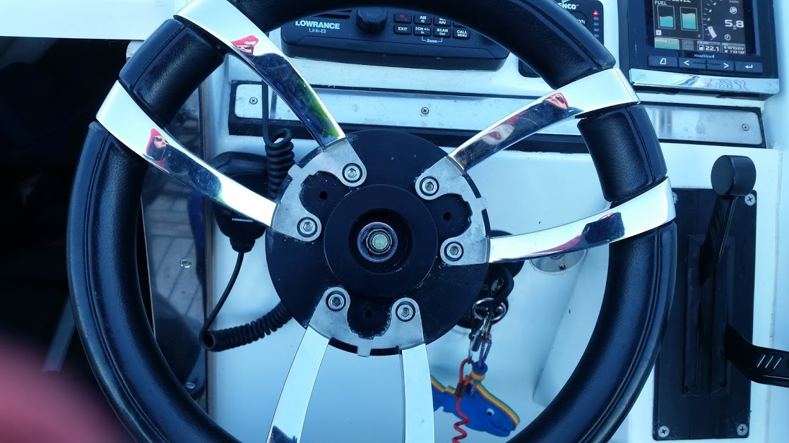 Click image for larger version  Name:Rib Steering Wheel.jpg Views:87 Size:145.0 KB ID:117707