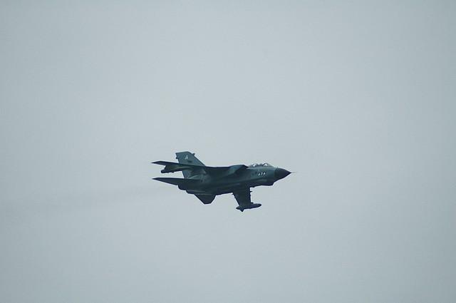 Click image for larger version  Name:tn_Tornado 1b.jpg Views:87 Size:24.6 KB ID:13109
