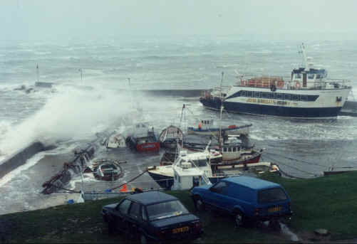 Click image for larger version  Name:jog harbour.jpg Views:240 Size:16.3 KB ID:1315