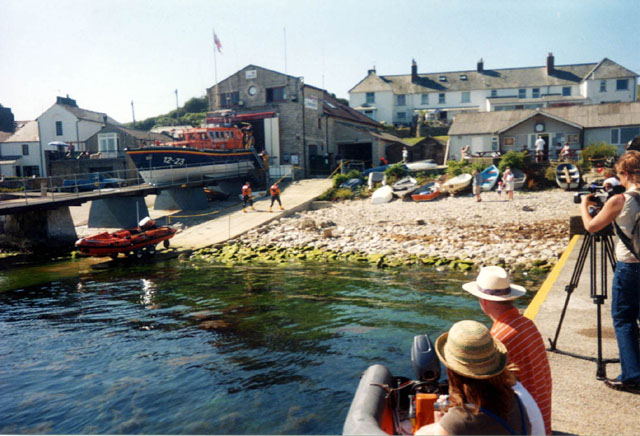 Click image for larger version  Name:smallSwanage RNLI Silprt.jpg Views:168 Size:92.2 KB ID:13675