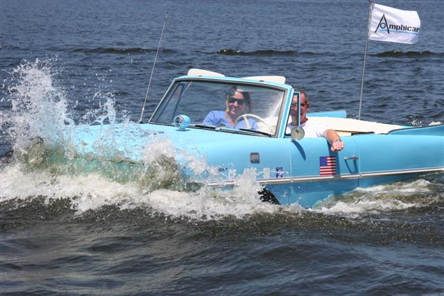 Click image for larger version  Name:amphicar 1 282 (Small).jpg Views:127 Size:64.6 KB ID:13878