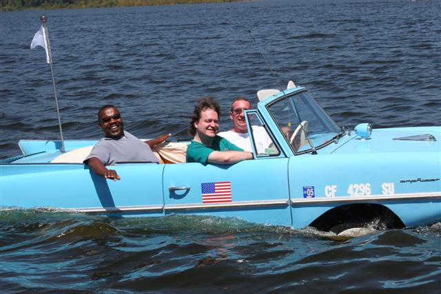 Click image for larger version  Name:amphicar 1 247 (Small).jpg Views:105 Size:59.8 KB ID:13879