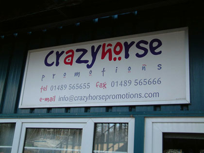 Click image for larger version  Name:crazyhorse.jpg Views:127 Size:25.7 KB ID:1600