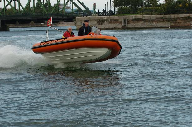 Click image for larger version  Name:rib dock flying.JPG Views:324 Size:91.7 KB ID:16376