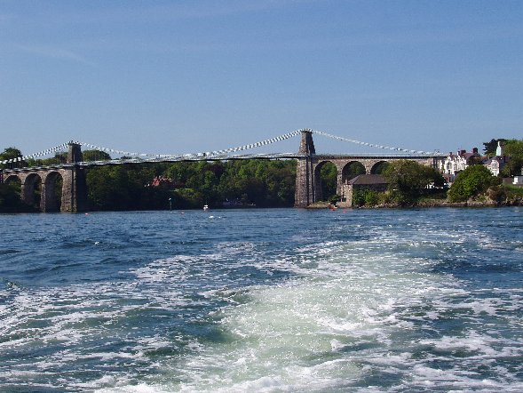 Click image for larger version  Name:Menai Bridge.jpg Views:152 Size:75.1 KB ID:16942