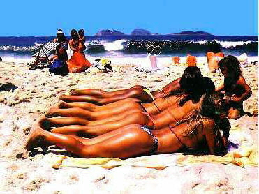 Click image for larger version  Name:beach.jpg Views:267 Size:109.1 KB ID:1780