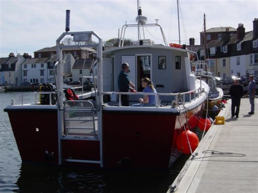 Click image for larger version  Name:Dive boat.jpg Views:104 Size:40.9 KB ID:17980