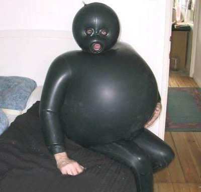 Click image for larger version  Name:never fart in a wet suit.jpg Views:195 Size:47.3 KB ID:18197