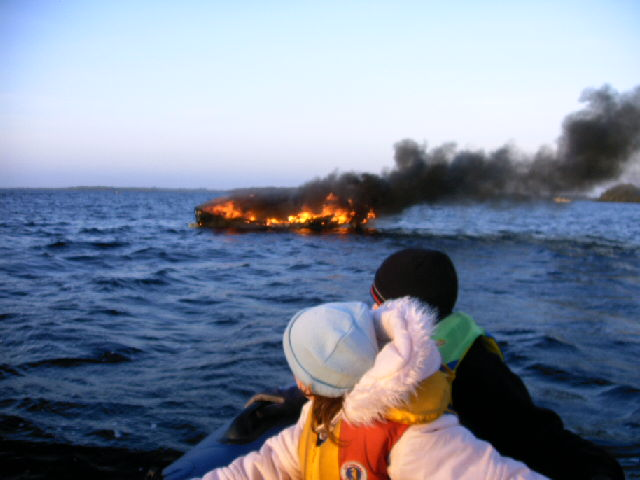 Click image for larger version  Name:Boat on Fire 2.jpg Views:163 Size:112.5 KB ID:18718