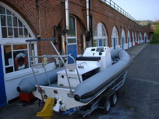 Click image for larger version  Name:hull.jpg Views:1136 Size:42.5 KB ID:2039