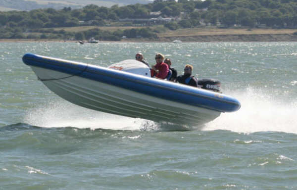 Click image for larger version  Name:cowes 3.jpg Views:403 Size:27.8 KB ID:21916
