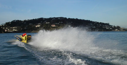 Click image for larger version  Name:towards salcombe copy.jpg Views:149 Size:25.5 KB ID:2222