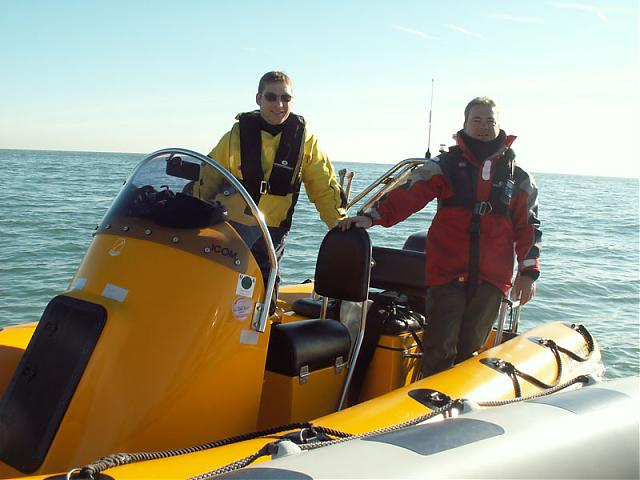 Click image for larger version  Name:nick and stever on boat.jpg Views:177 Size:43.1 KB ID:23011