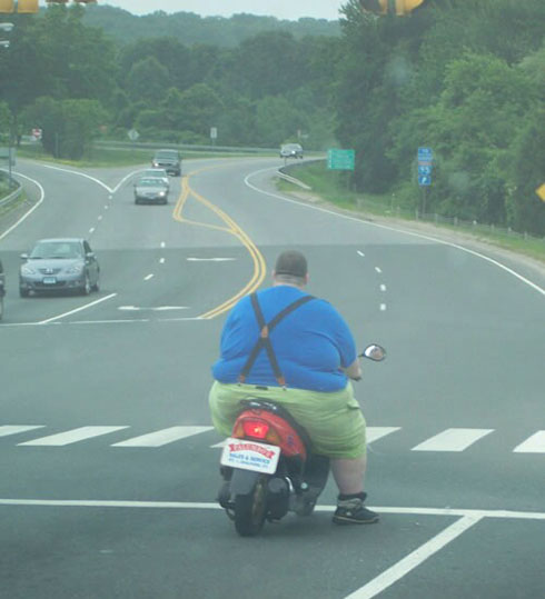 Click image for larger version  Name:Dad on scooter.jpg Views:113 Size:56.7 KB ID:23583