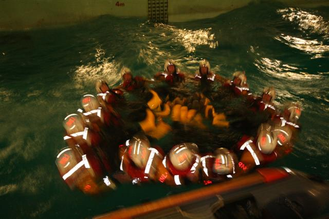 Click image for larger version  Name:RNLI Pool (12).JPG Views:175 Size:51.7 KB ID:23910