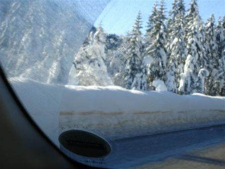 Click image for larger version  Name:snow 4.JPG Views:139 Size:23.4 KB ID:24713
