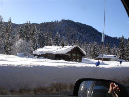 Click image for larger version  Name:snow 3.JPG Views:121 Size:26.7 KB ID:24716