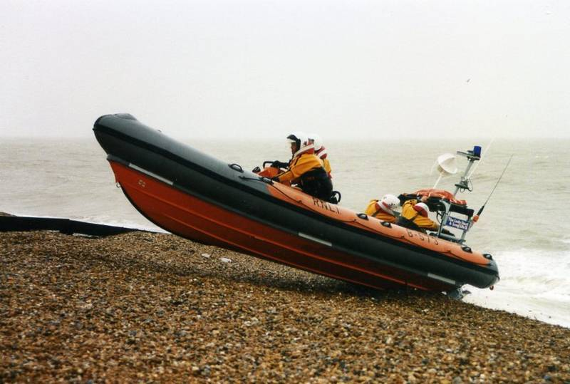 Click image for larger version  Name:Lifeboat.jpg Views:938 Size:57.1 KB ID:24768