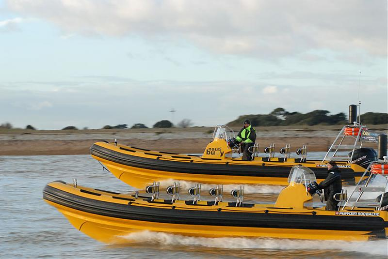 Click image for larger version  Name:Yesterday in the Solent.jpg Views:454 Size:57.3 KB ID:25142