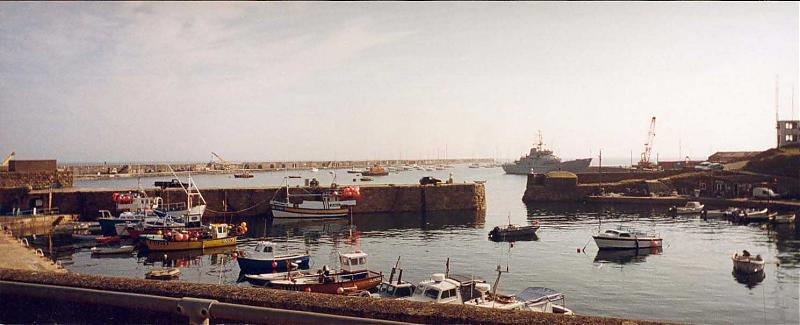 Click image for larger version  Name:Braye Inner Harbour.jpg Views:110 Size:43.2 KB ID:25195
