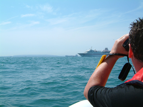 Click image for larger version  Name:ship spotting.jpg Views:427 Size:86.7 KB ID:2543