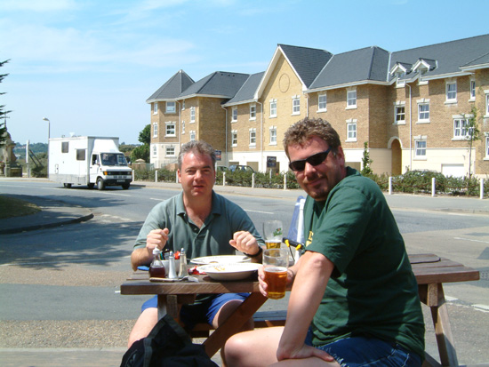 Click image for larger version  Name:pub lunch bembridge.jpg Views:397 Size:121.6 KB ID:2544