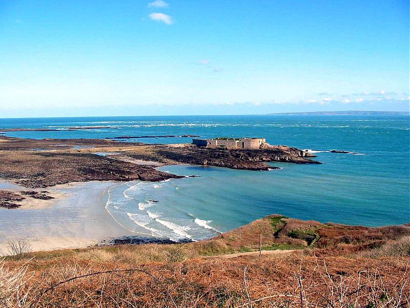 Click image for larger version  Name:Fort Raz1.jpg Views:137 Size:110.1 KB ID:25761