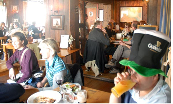 Click image for larger version  Name:RIBnet Paddy's Day 2007 #30.jpg Views:134 Size:73.1 KB ID:25796