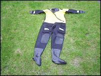 Click image for larger version  Name:dry suit 003.jpg Views:206 Size:154.3 KB ID:27075