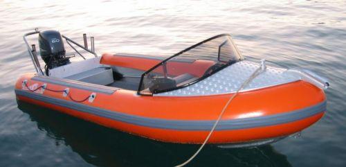 Click image for larger version  Name:orange sport - built-in 60ltr tank, engine pod, ski tow, rod holders, storage seat.jpg Views:213 Size:19.9 KB ID:27406