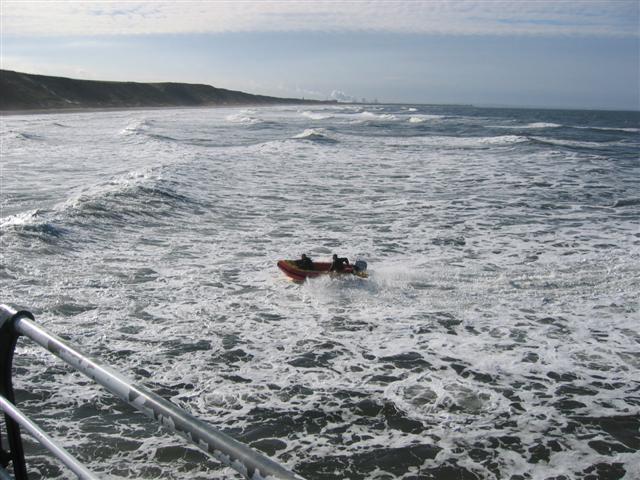 Click image for larger version  Name:April Surf.jpg Views:272 Size:70.2 KB ID:27747