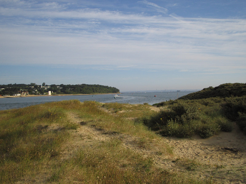 Click image for larger version  Name:bembridge approach.jpg Views:111 Size:159.5 KB ID:28370