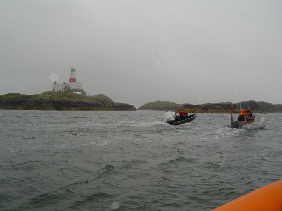 Click image for larger version  Name:arriving at the skerries.jpg Views:226 Size:31.2 KB ID:2889