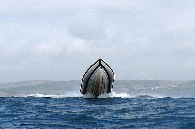 Click image for larger version  Name:hull.jpg Views:338 Size:54.4 KB ID:28979
