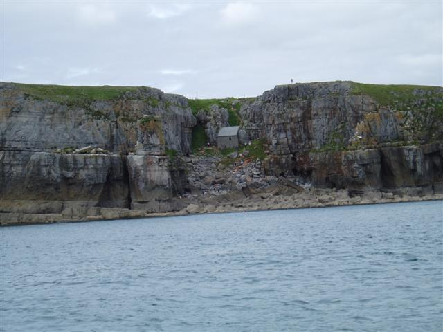 Click image for larger version  Name:Lawrenny to Skomer & Tenby Aug BH W'end 26-27 08 07 027 (Small).jpg Views:129 Size:41.5 KB ID:29662
