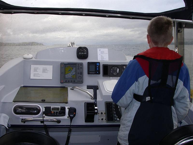 Click image for larger version  Name:5Bryn Helming off Loch Spelve.jpg Views:145 Size:62.5 KB ID:29818