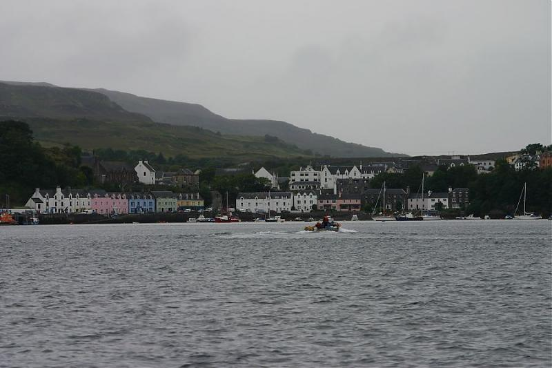 Click image for larger version  Name:3Portree Skye.jpg Views:113 Size:57.6 KB ID:29826