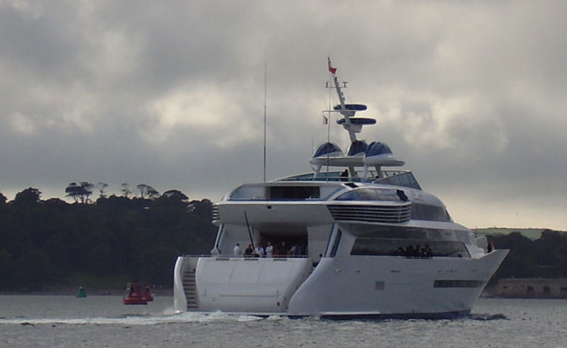 Click image for larger version  Name:boat1.jpg Views:183 Size:52.0 KB ID:30214